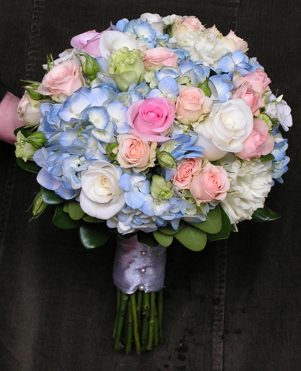 pale blue and pink hydrange rose wedding flower bridal party bouquet. Black Bedroom Furniture Sets. Home Design Ideas